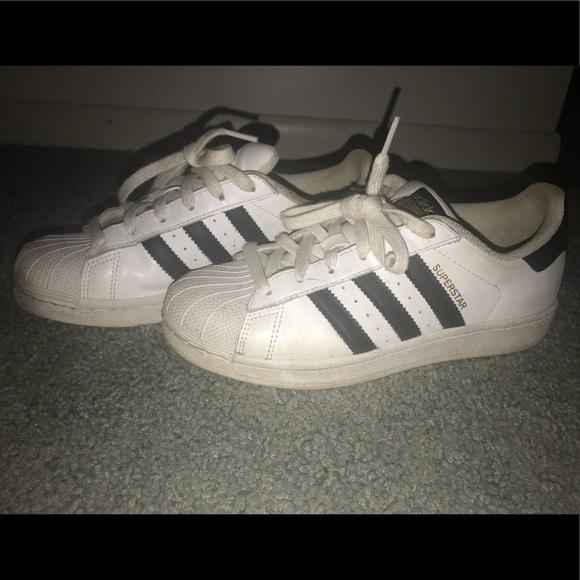 Adidas zapatos Classic Superstars poshmark
